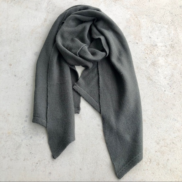 Vintage Accessories - Grey Knit Asymmetrical Scarf Wrap